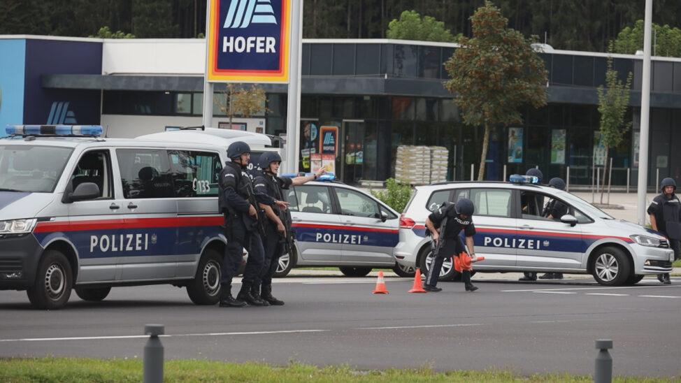 Cobraeinsatz: Polizei und Cobra nach Schüssen in Sattledt im Einsatz