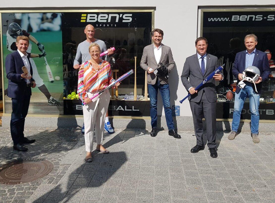 Tilo Klette eröffnet Shop in Wels