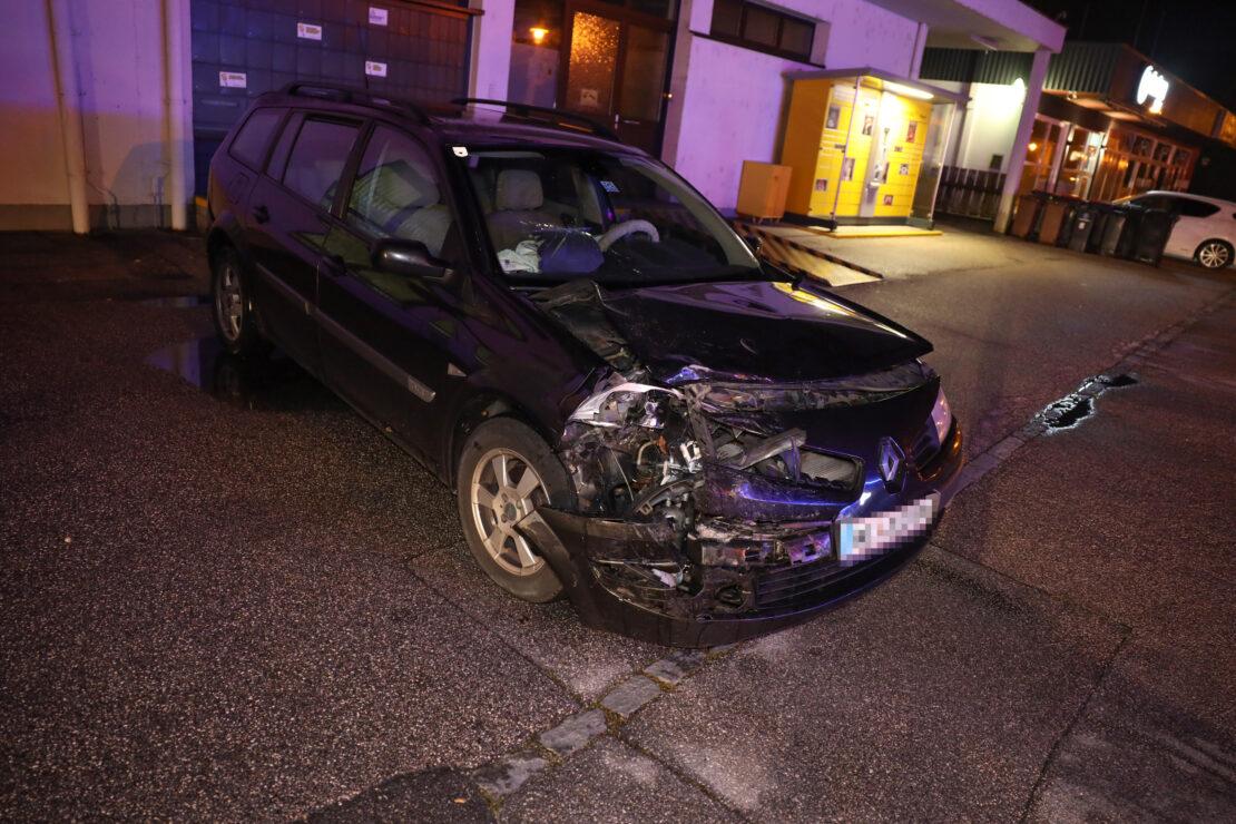 Verkehrsunfall mit zwei beteiligten Fahrzeugen in Marchtrenk