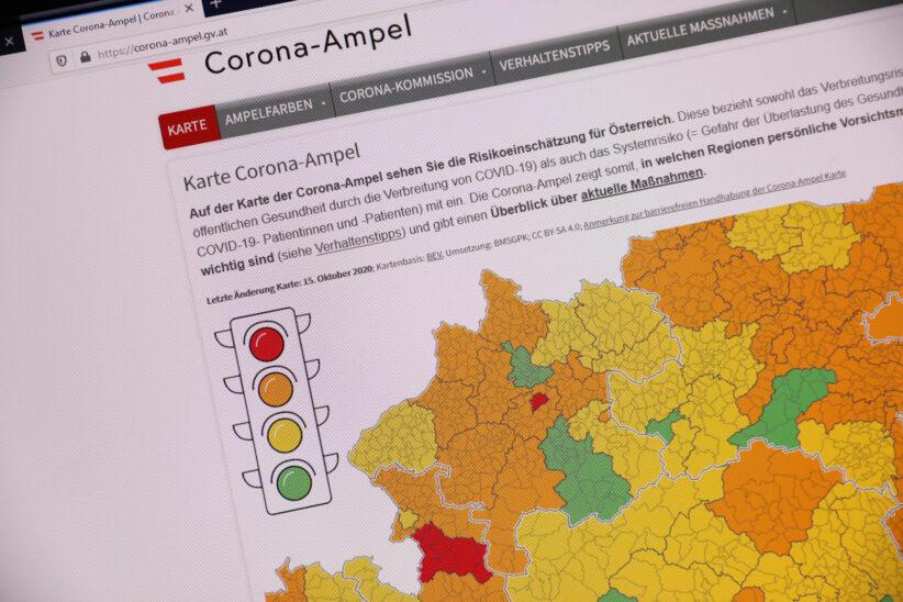 """Corona-Ampel: Wels-Stadt als einer von österreichweit vier Bezirken auf """"Rot"""" geschaltet"""