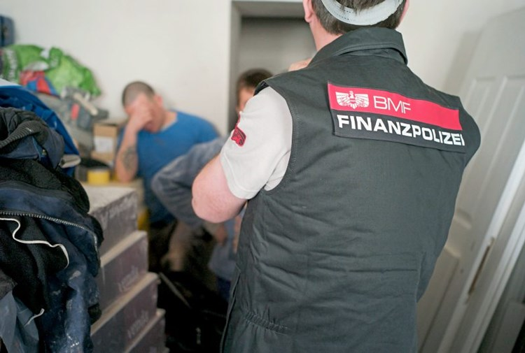 Finanzpolizei: 150 Verdachtsfälle bei Kurzarbeit seit Coronakrise in Linz