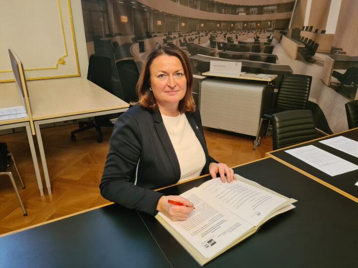 Petra Wimmer: Es braucht klare und verständliche Regelungen für Familien