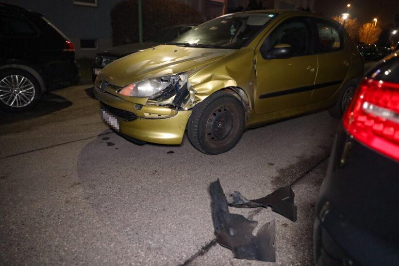 Alkofahrt durch Wels-Neustadt endet mit fünf beschädigten Autos