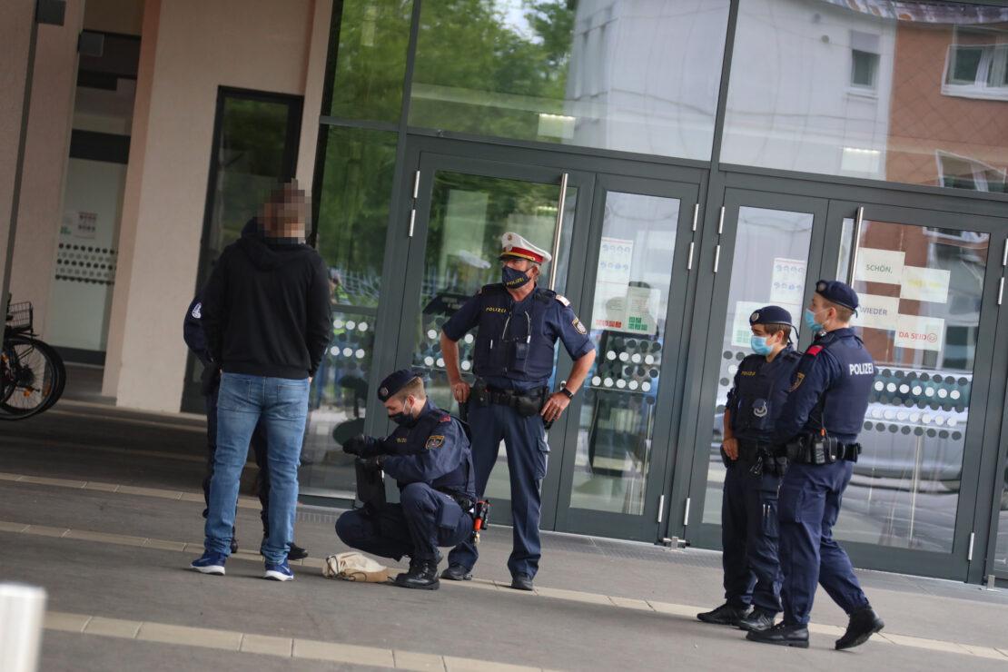 Urteil: Schüler nach Amok-Drohung gegen Schule in Wels zu drei Monaten bedingter Haft verurteilt