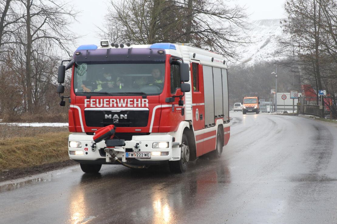 Brand bei Abfallverwertungsunternehmen in Wels-Schafwiesen