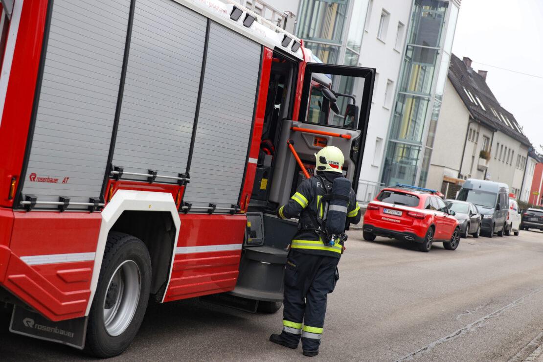 Dringende Türöffnung: Wohnungstüre in Wels-Vogelweide zugefallen während E-Herd eingeschaltet war