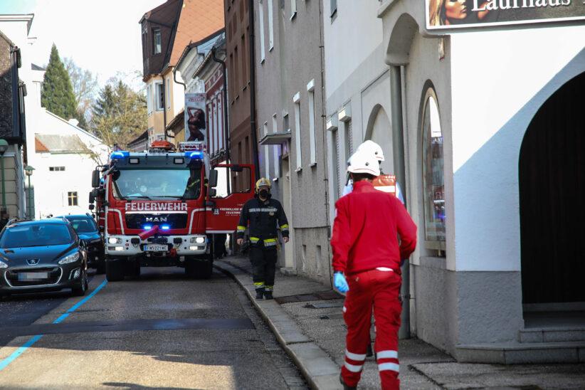 Angebranntes Kochgut in einem Mehrparteienwohnhaus in Wels-Innenstadt