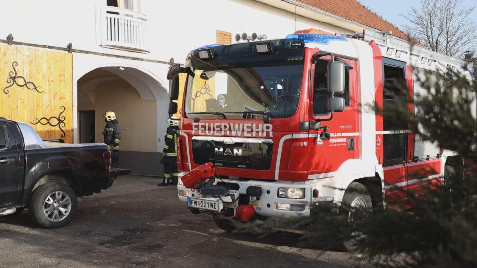 Intensiverer Kaminbrand löst Einsatz zweier Feuerwehren in Wels-Neustadt aus