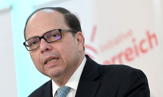 """Ärztekammer-Präsident Szekeres fordert: """"Sperrt ganz Österreich zu"""""""