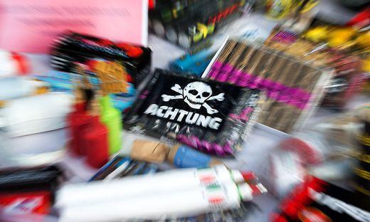 Hofer und Penny stoppen Verkauf von Feuerwerkskörpern