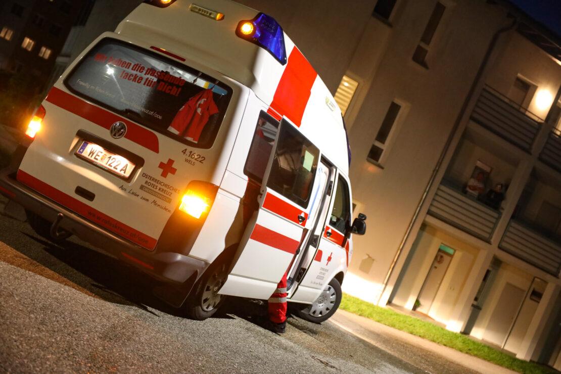 Einsatz nach kleinerem Brand in Küche eines Mehrparteienwohnhauses in Thalheim bei Wels