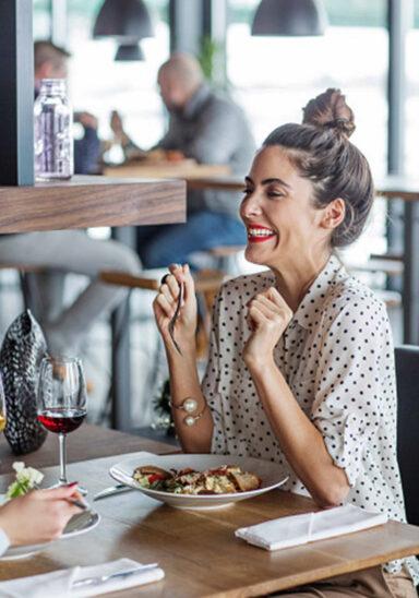 Mit Gastro-Restart wieder voller Service im max.center