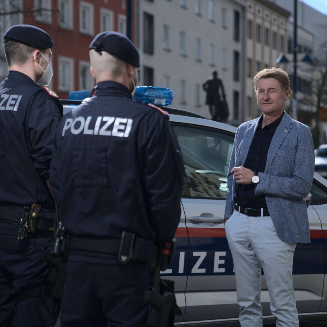 Polizei verstärkt Präsenz in der Welser Innenstadt
