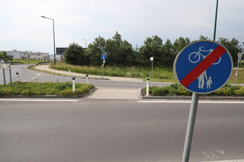 Erste Hinweise nach Verkehrsunfall mit Fahrerflucht in Weißkirchen an der Traun