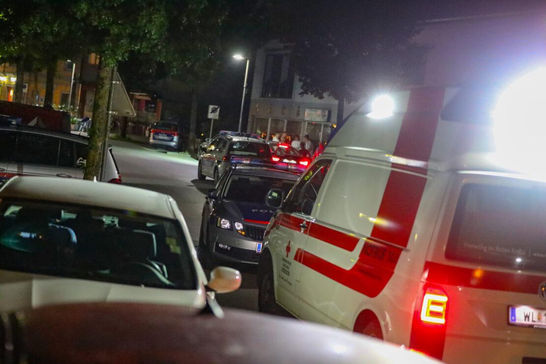Sperrstunde in Marchtrenk endet mit Großeinsatz der Polizei nach gemeldeter Massenschlägerei
