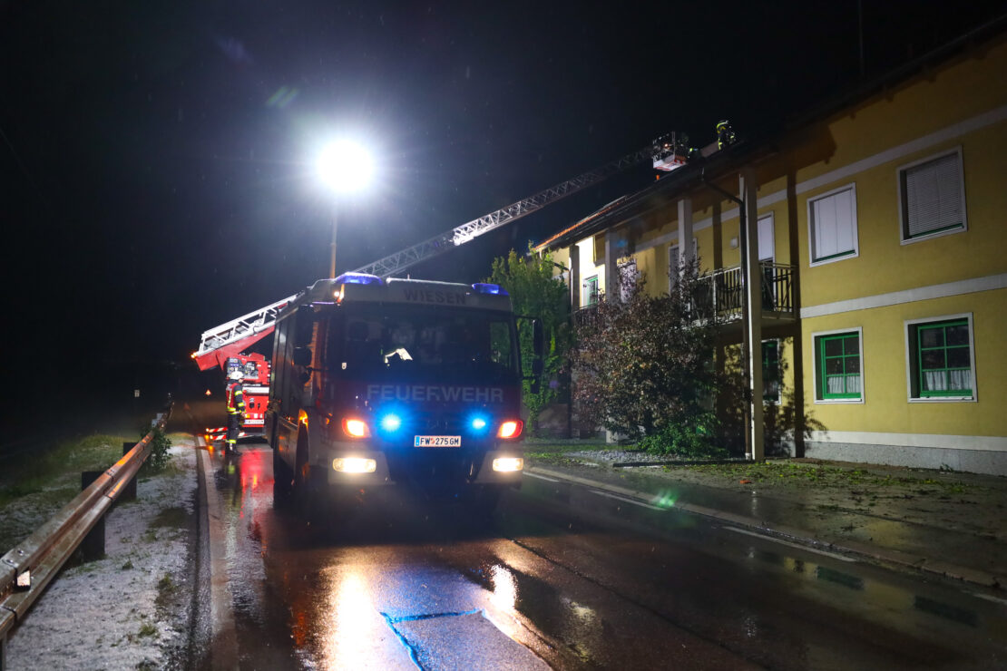 Unwetter: Strich der Verwüstung durch Oberösterreich nach Gewitter mit großem Hagel