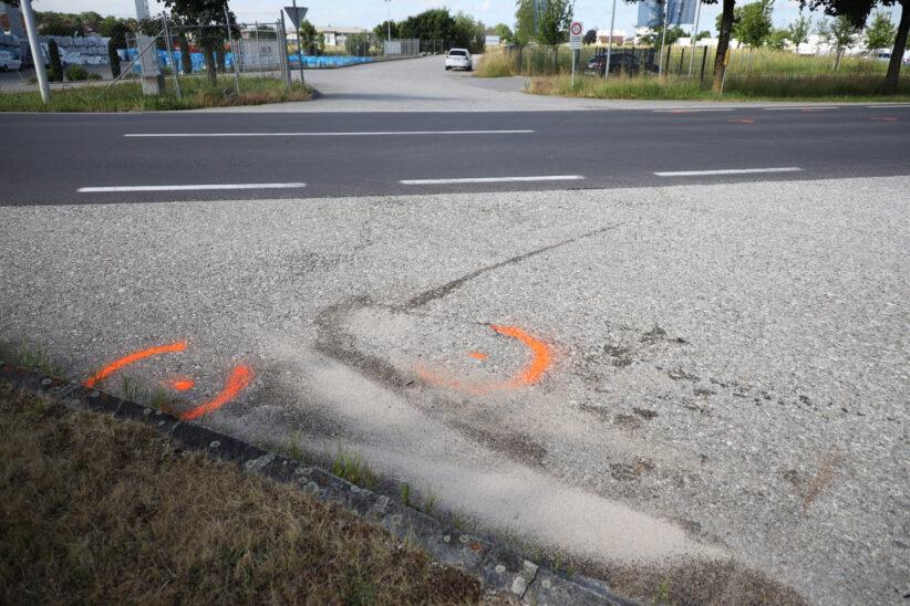 Kollision zwischen PKW und Motorrad in Gunskirchen