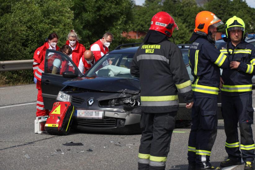 Schwerer Verkehrsunfall auf Wiener Straße in Marchtrenk