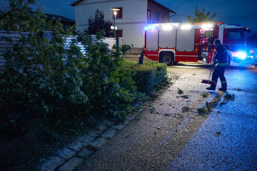 Gewitterfront über Oberösterreich sorgt für mehrere hundert Einsätze