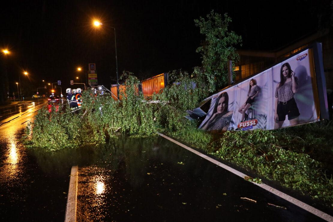 Heftige Gewitter sorgten während Nachtstunden erneut für rund 600 Einsätze in Oberösterreich