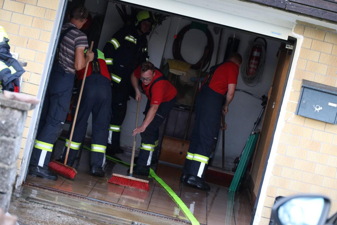 Lokale Überflutungen nach Gewittern über Oberösterreich