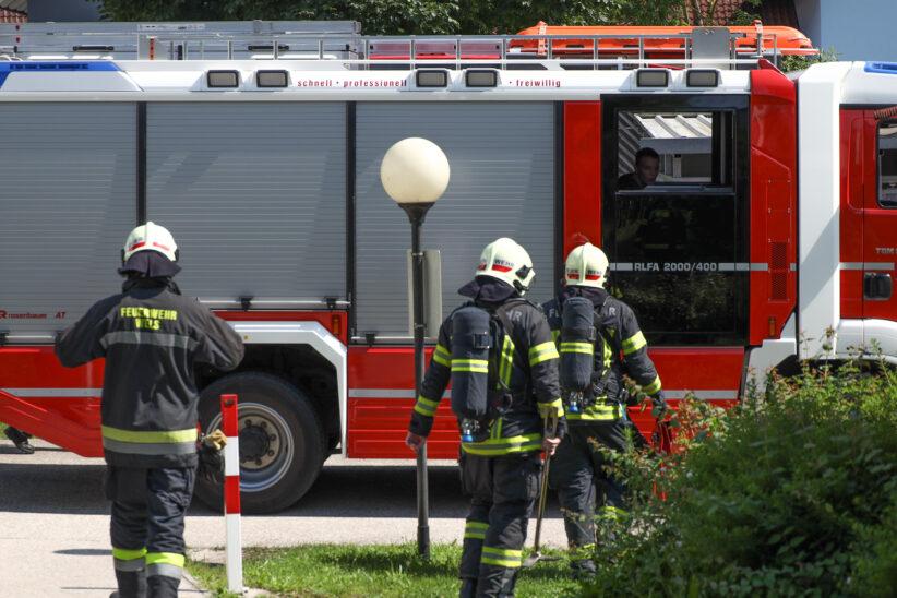 Brandgeruch durch defekte Türsprechanlage in einem Mehrparteienwohnhaus in Wels-Lichtenegg