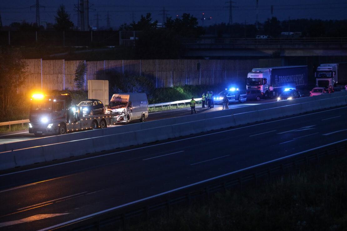 Kollision auf Welser Autobahn sorgte für nächtliche Totalsperre