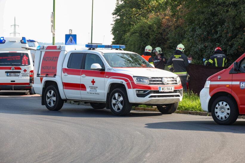 Schwerverletzter bei Kollision auf Geh- und Radweg in Wels-Vogelweide