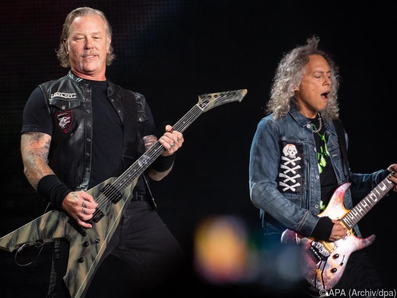 Metallica spenden Einnahmen aus Charity-Single an Flutopfer