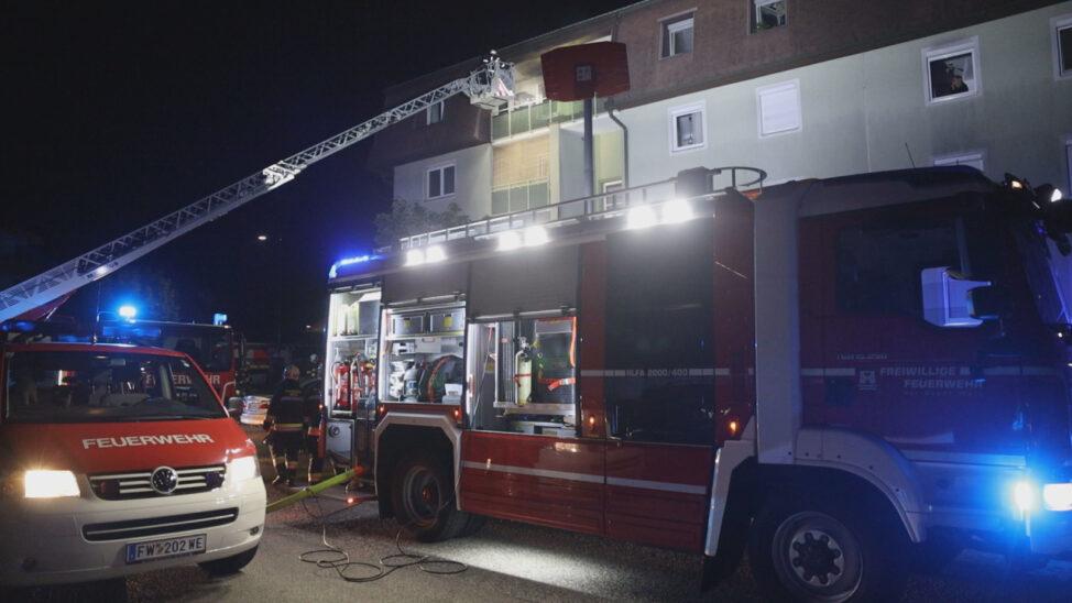 Küchenbrand in einem Mehrparteienwohnhaus in Wels-Vogelweide