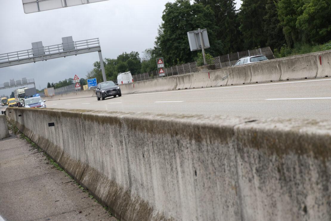 Verkehrsunfall auf Westautobahn bei Eberstalzell endet glimpflich