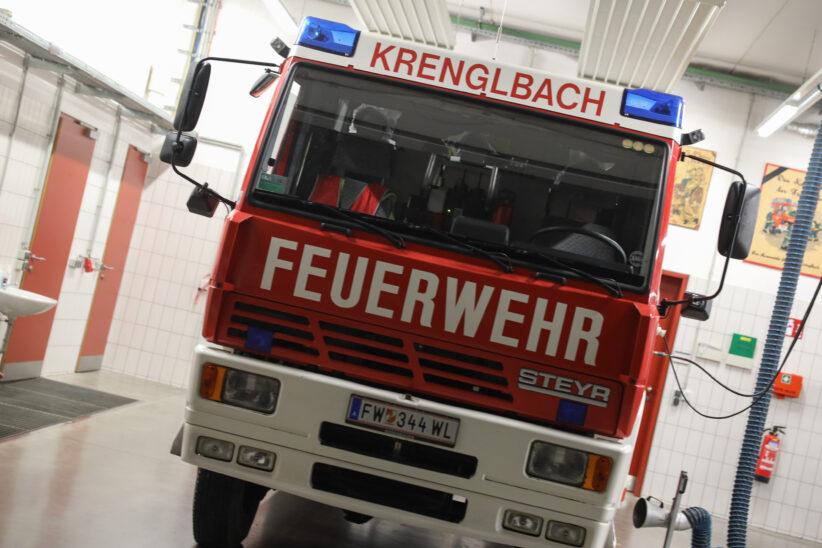Einsatzkräfte der Feuerwehr zu technischem Einsatz nach Krenglbach alarmiert