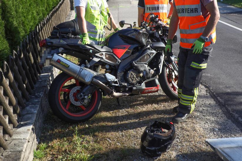 Motorradlenker (55) bei schwerem Unfall in Gunskirchen tödlich verunglückt