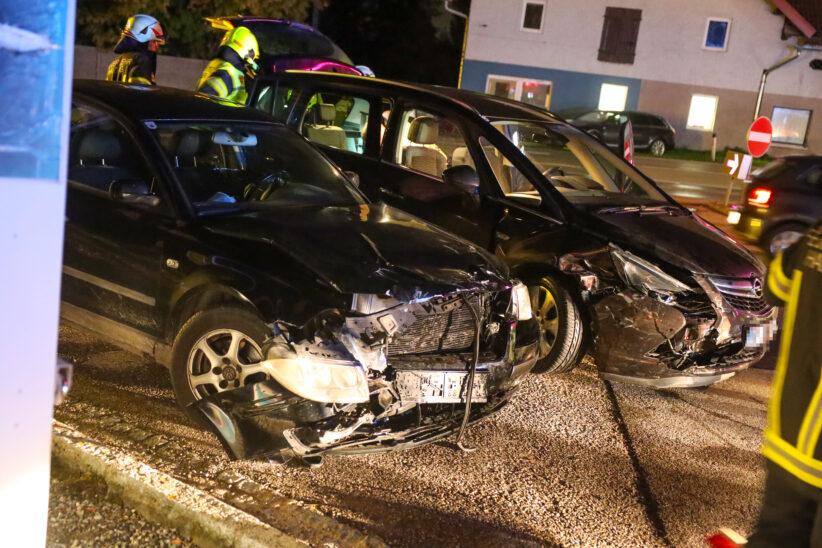 Verkehrsunfall im Kreuzungsbereich der Innviertler Straße in Krenglbach endet glimpflich