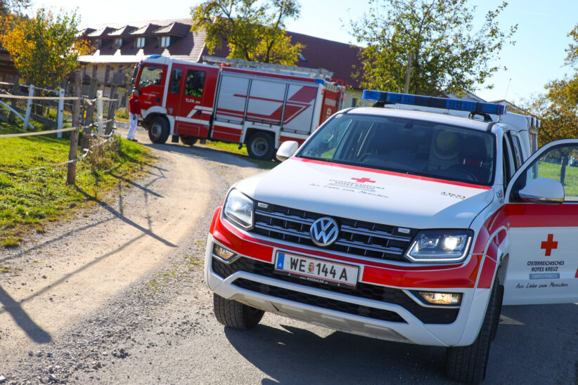 Feuerwehr zur Tragehilfe für Rettung und Notarzt nach Sipbachzell alarmiert