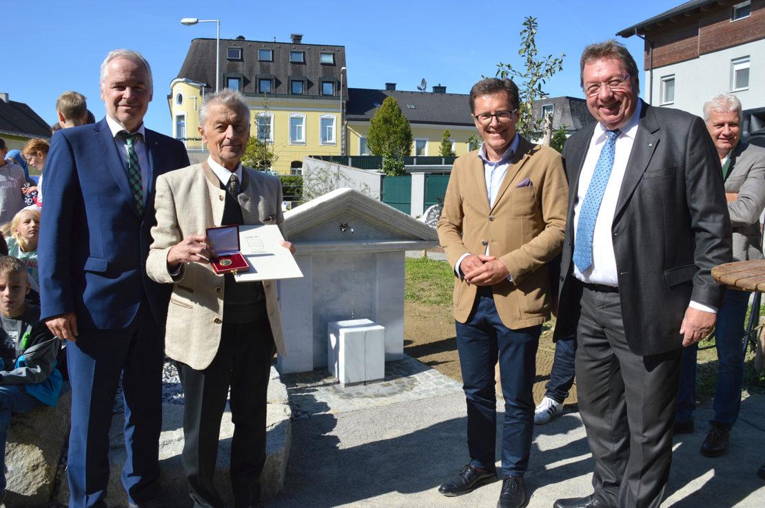 Goldenes Thalheimer Ehrenzeichen für Hubert Diplinger