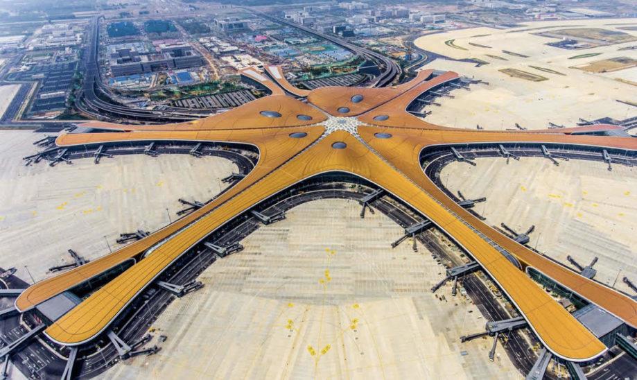 Größter Flughafen der Welt nach vier Jahren eröffnet