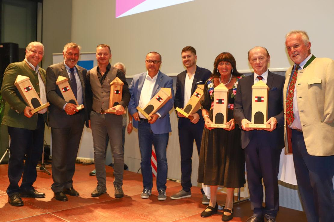 """Verleihung der """"Lederer Awards"""" in verschiedenen Sparten an verdiente Welser Persönlichkeiten"""