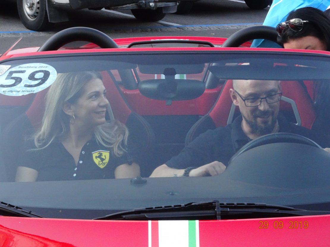 Ferrari-Treffen beim Eissalon Costantin
